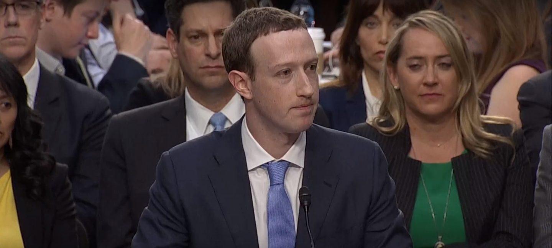 Internet do decentralizacji. Co zrobić z Facebookiem?