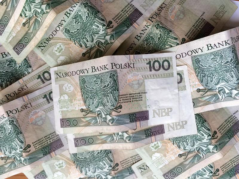 Piekarz: Podatki w Polsce nie są wysokie, ale są nierówno rozłożone [VIDEO]