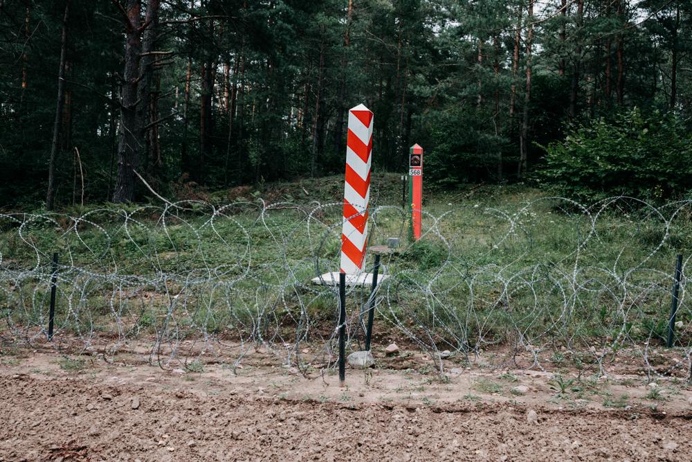 Łukaszenko wysyła kolejne tysiące migrantów na granicę, ryzykując ich życiem. Co możemy zrobić, aby im pomóc?
