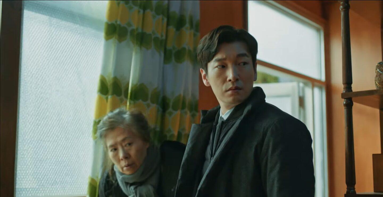 """Koreański """"Stranger"""", wzorce z Netflixa i zachodnia sztampa. Czy w produkcji seriali odważymy się sięgnąć po własną kulturę i koloryt?"""